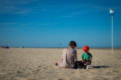 Assis sur la plage de Berck-sur-Mer